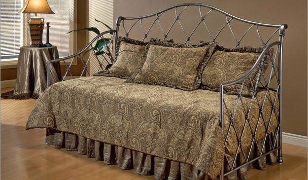 Кованая мебель – надежность, долговечность, эстетика
