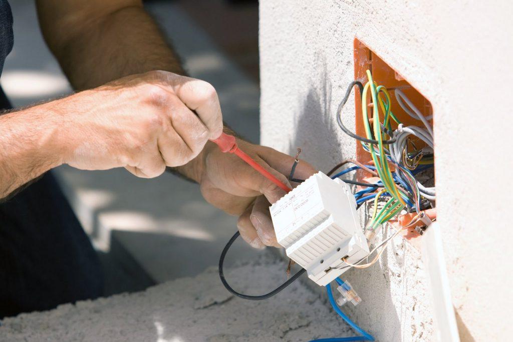 Как производится электромонтаж под ключ