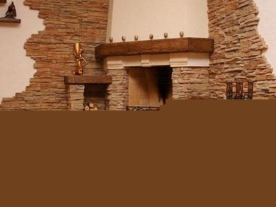 Камины в интерьере помещения