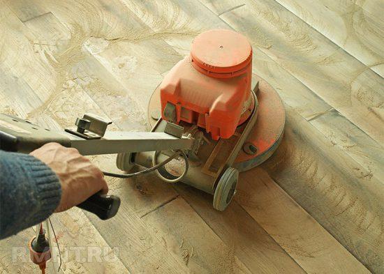 Сколько раз можно шлифовать пол? Как защитить деревянное покрытие от износа?