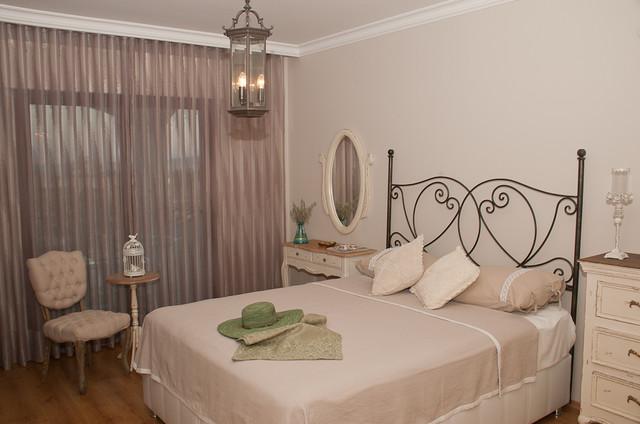 Спальня в стиле прованс — настоящий домашний рай