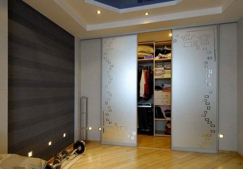 Виды встроенных шкафов
