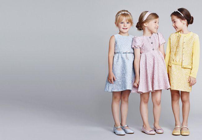 Выбор женской одежды и одежды для мальчиков подростков
