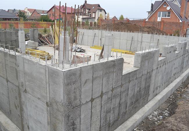 Применение бетона для постройки частных домов и загородных коттеджей